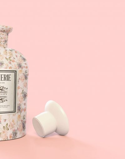 Pattern&Label-Parfum-Bottle-Mockup